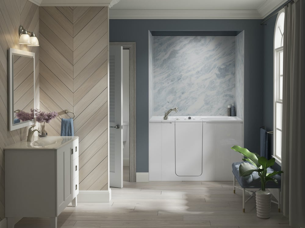 Bathroom with bluet and white stone-inspired bath walls