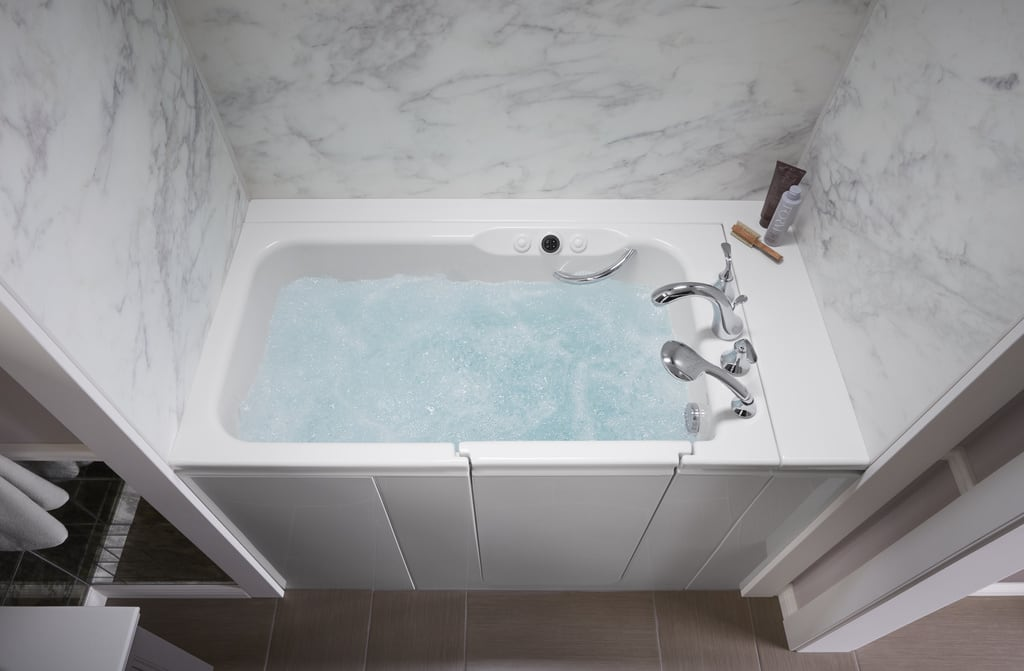 Walk-In Bath with Calacatta bath walls