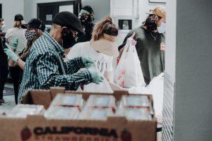 Volunteers bagging food